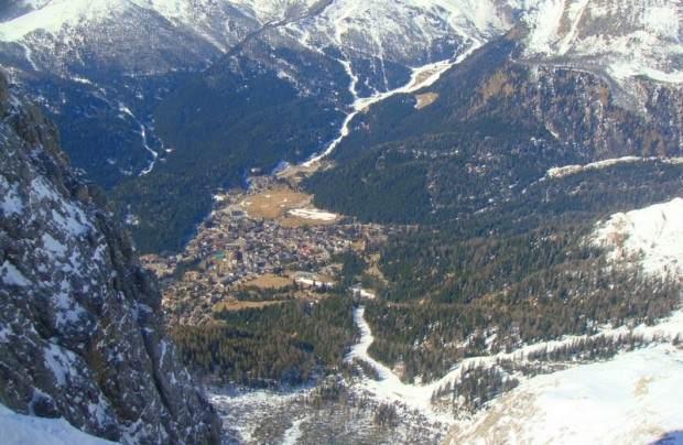Pogled na san Martino di Castrozza sa Rozete