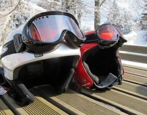 Kaciga skijanje Bookiraj