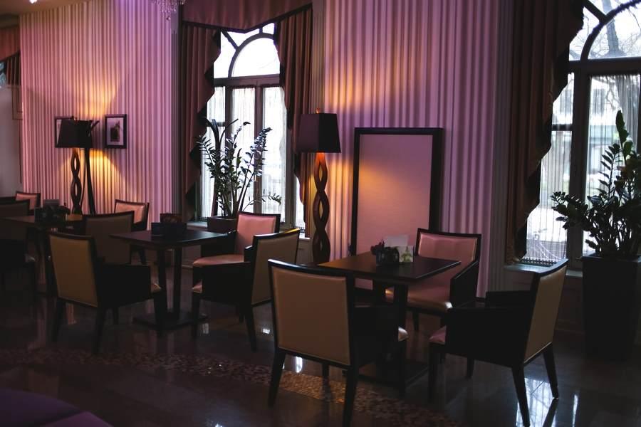Hotel Glorius Mako